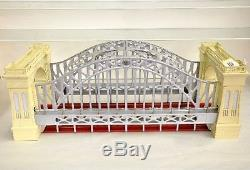 Lionel 32999 Cream & Silver Hellgate Bridge MINT Sealed in Factory Shipping Box